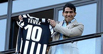 Carlos-Tevez-Juventus-Unveil-Shirt_2964415