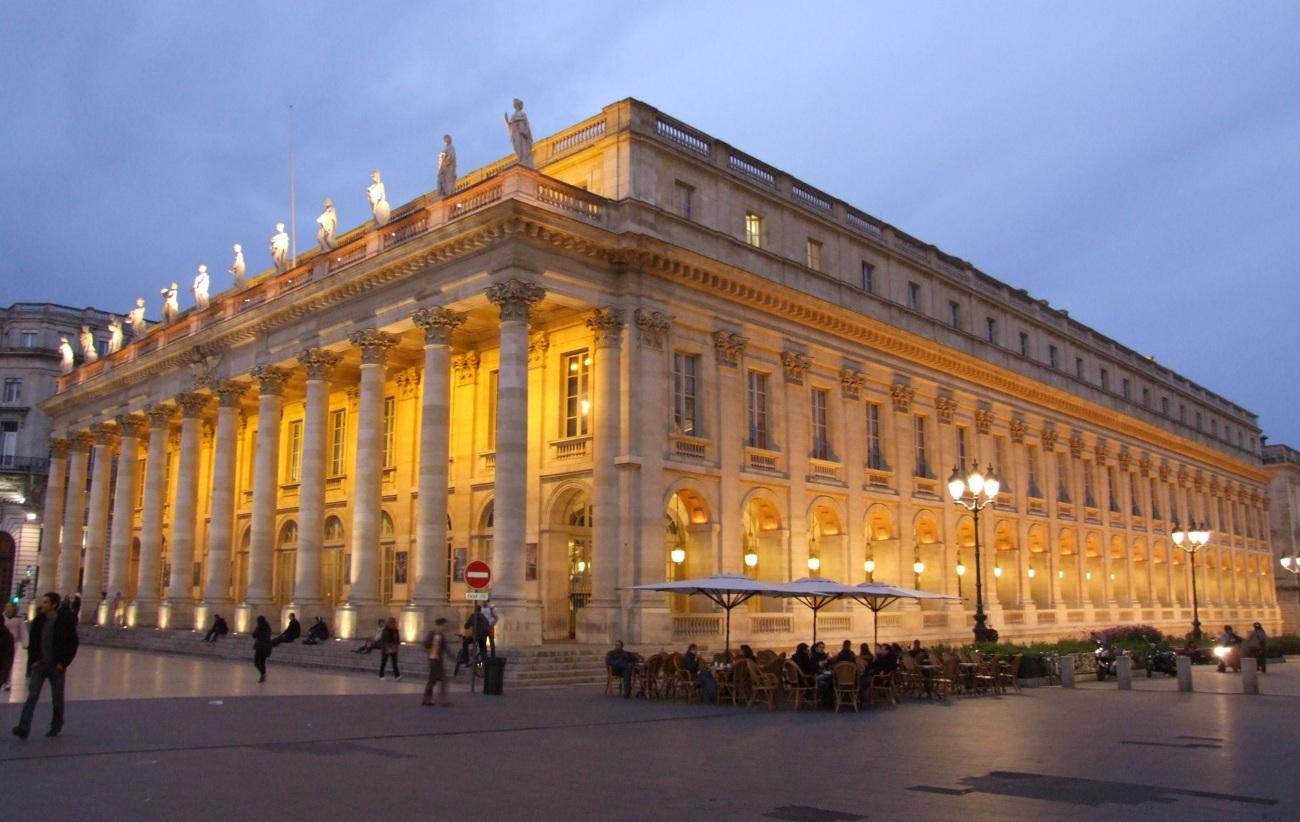 Bordeaux_-_Grand_Théâtre_4.jpg